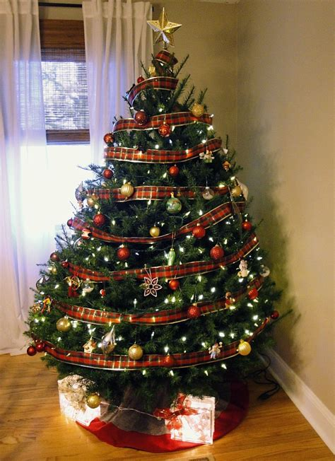 christmas  hyper house