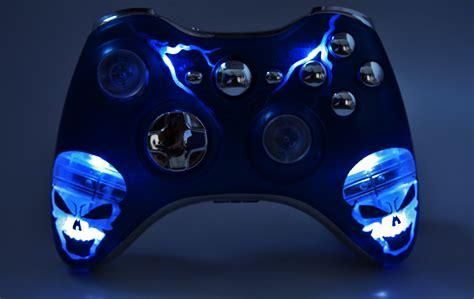 Illuminating Blue Skulls Xbox 360 Modded Controller