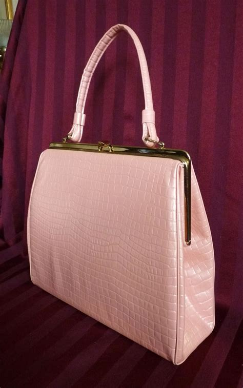 vintage pink faux alligator purse  manderlyestates