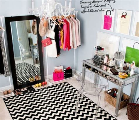 turn a spare room into a closet luuux for the home