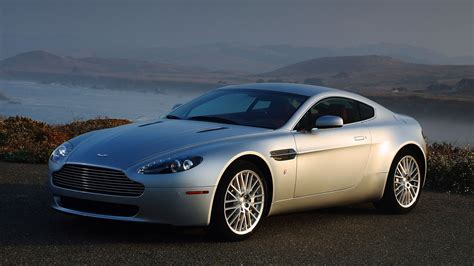 Aston Martin Vantage Hd Picture by 2010 Aston Martin V8 Vantage Wallpapers Hd Images