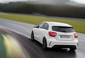 Mercedes A45 Amg Prix : mercedes benz a45 amg 265kw hot hatch unleashed photos caradvice ~ Gottalentnigeria.com Avis de Voitures