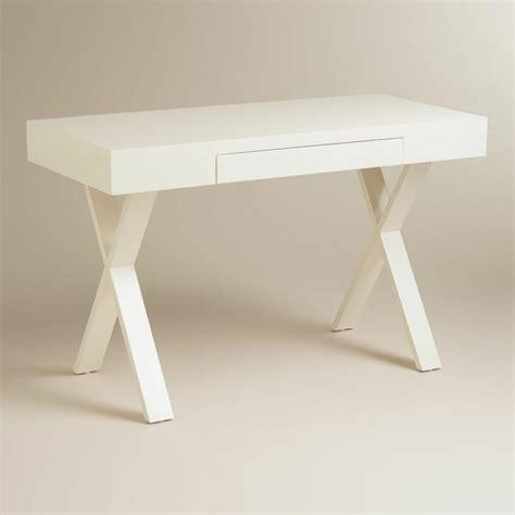 fauteuil bureau mal de dos table bureau moderne et peu encombrante 45 modèles