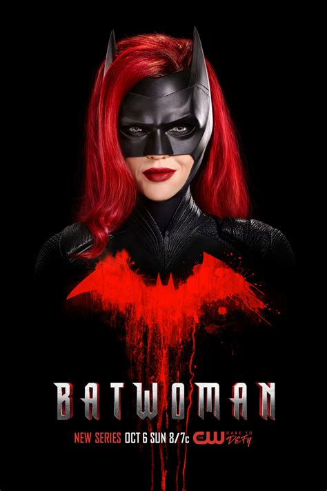 batwoman  poster leaves  mark scifinow  world