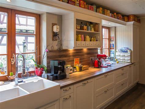 repeindre meuble de cuisine sans poncer relooker une cuisine en bois relooker sa cuisine moderne