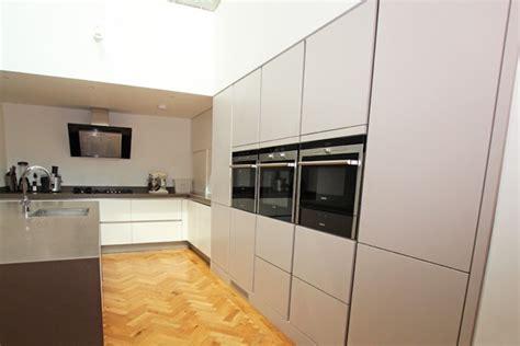 kitchen integrated appliances matt satin lacquer cashmere kitchen