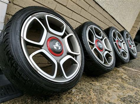 Fiat Abarth Wheels by 17 Quot Fiat 500 Abarth Alloy Wheels Tyres 4x100 In