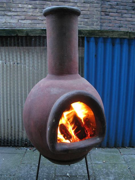 Clay Pit Chimney by The Benefits Of A Pit Chimney Pit Design Ideas