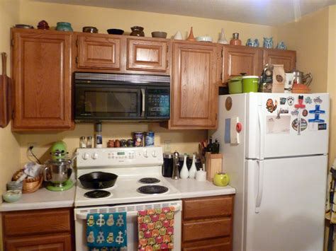 why dont kitchen cabinets go to the ceiling kitchen cabinets that don t go to the ceiling home fatare
