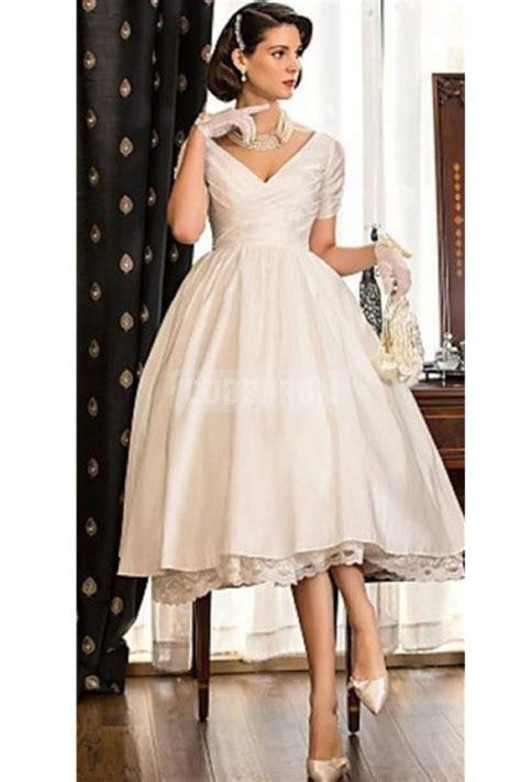 Vintage Champagne Short Sleeves Knee length Wedding Dress