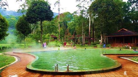 pemandian air panas cimanggu ciwidey hotel  indonesia