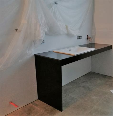 Arbeitsplatte Badezimmer by Referenzen Naturstein Hotte Granit Arbeitsplatte