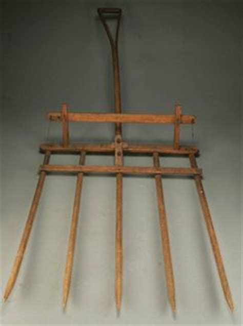 Antique Farm Tool Wooden Pitch Pitchfork Hay Fork Grade
