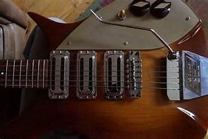 Rickenbacker 325 C58 Custom Capri