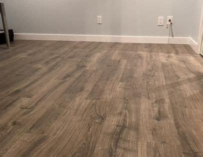 Pergo Outlast  Vintage Pewter Oak 10 mm Thick x 7 1/2 in
