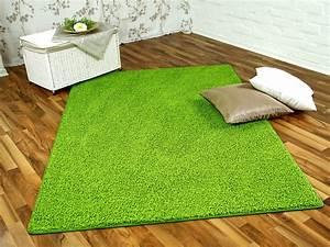 Hochflor Teppich Grün : hochflor shaggy teppich prestige lindgr n in 24 gr en teppiche hochflor langflor teppiche gr n ~ Markanthonyermac.com Haus und Dekorationen