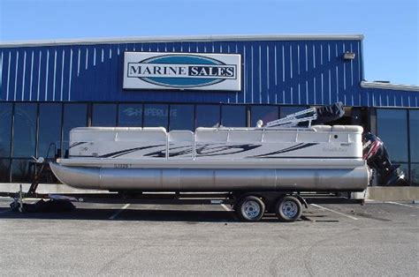 Tritoon Boats For Sale In Kentucky by Used Power Boats Pontoon Boats For Sale In Kentucky United