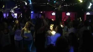 Boite De Nuit Auxerre : teens party quand les ados s 39 emparent de la bo te de nuit ~ Dailycaller-alerts.com Idées de Décoration