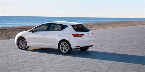 seat leon review deals carwow