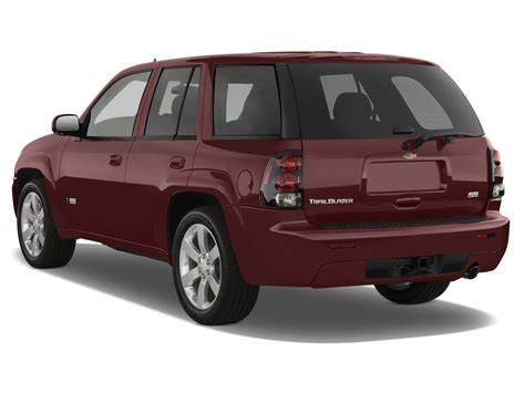 how cars work for dummies 2007 chevrolet trailblazer interior lighting 2007 chevrolet trailblazer reviews research trailblazer prices specs motortrend