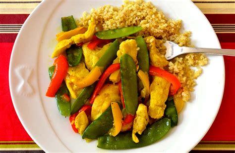 cuisiner pois gourmands poulet aux pois gourmands et poivrons ma cuisine santé