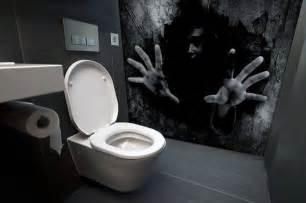 scary bathroom murals   stuff  nighmares