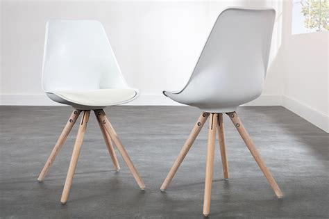 chaises design blanches chaises blanches bois
