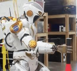 Next generation of robots almost as dextrous as a human ...