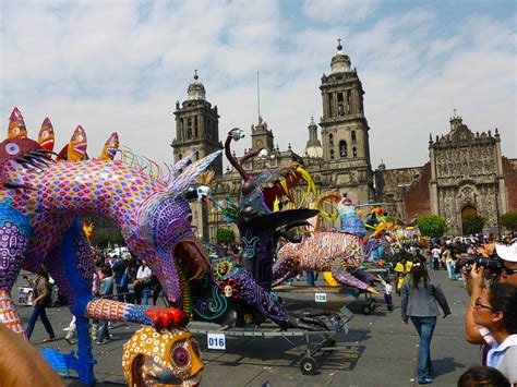 The Ultimate Guide to Mexico's Day of the Dead According ...