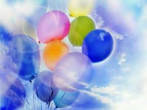 Free Desktop Backgrounds with Balloons