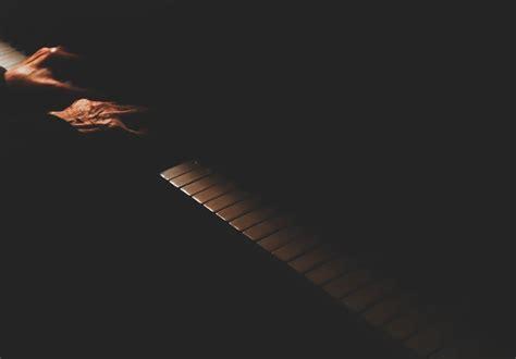 chords alec benjamin    slowly piano ukulele