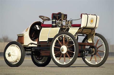 first porsche car the first car