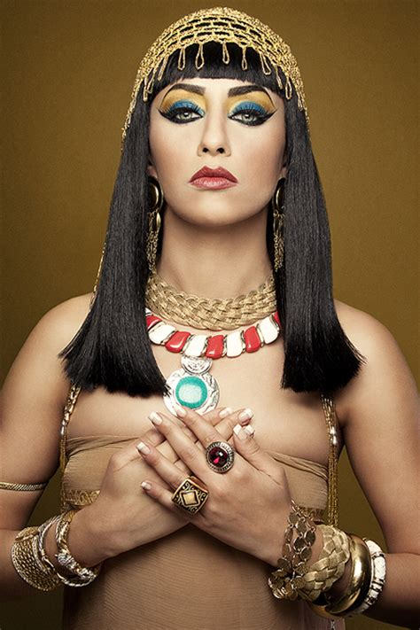 Cleopatra makeup tutorial and pictures   Yve Style