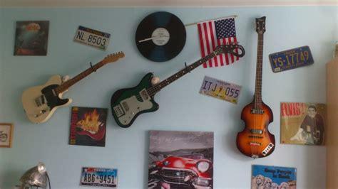r 233 solu accrocher sa guitare au mur horizontal audiofanzine