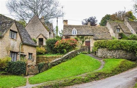 s offrir un hameau pour le prix d une maison actualit 233 s seloger