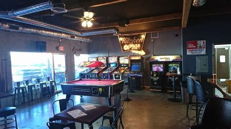 Brewski's Bar & Arcade  Order Food Online  260 Photos