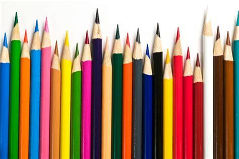 colored pencils  professional artists  illustrators