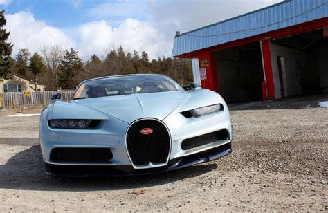 Cynics will see the bugatti chiron as little more than an utterly pointless toy for the very, very rich. Quick Drive: 2018 Bugatti Chiron | Driving