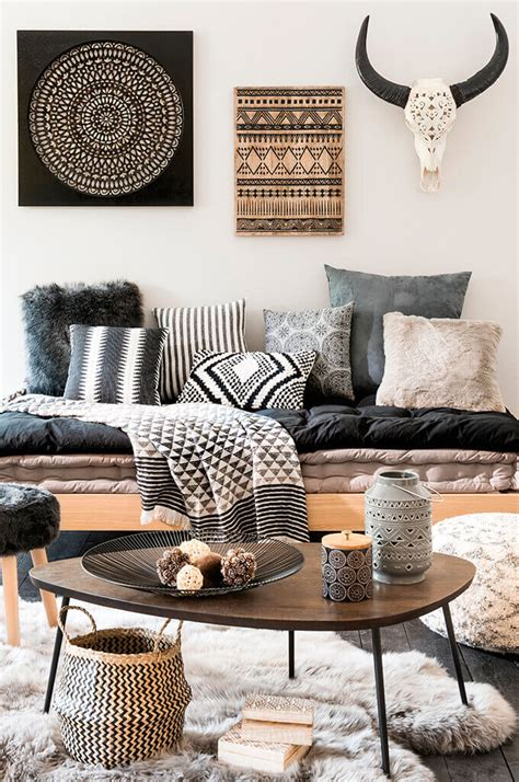 Coffee tables have a prominent place and function in a living room. Decorate with Style: 16 Chic Coffee Table Decor Ideas - Style Motivation