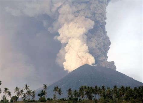 Bali News Bali On Volcano Red Alert Rediff Com India News
