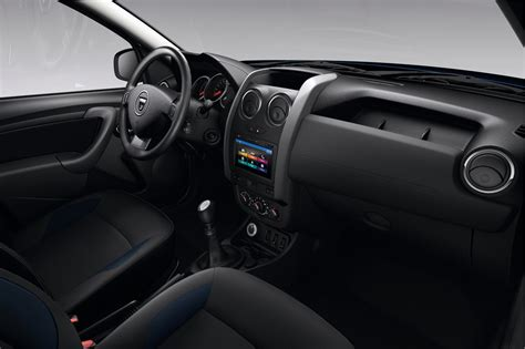 renault duster 2015 interior dacia duster anniversary edition interior indian autos blog