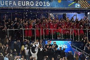 M6 Match Euro 2016 : record d 39 audience historique pour m6 avec la finale de l 39 euro 2016 portugal france ~ Medecine-chirurgie-esthetiques.com Avis de Voitures