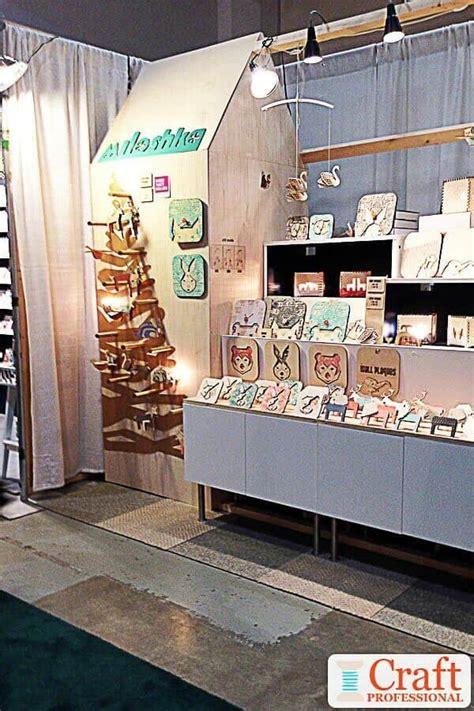 christmas craft fair displays   holiday booth