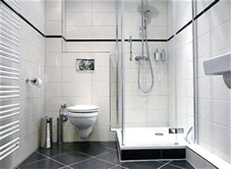 Kleines Bad Deckenhoch Fliesen by Sanierung Kleines Bad Hws