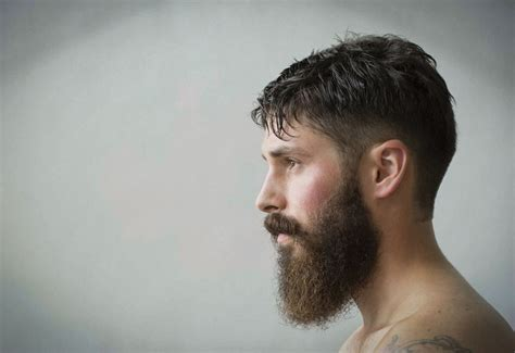 Growing A Beard? Here's What Women Think Of Your Facial
