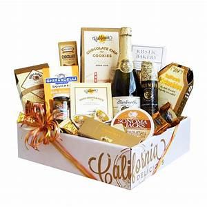 Top 10 best 50th wedding anniversary gifts heavycom for Golden wedding anniversary gift ideas