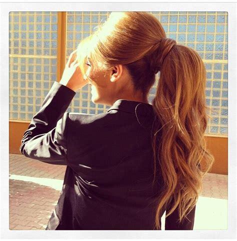 high bump ponytail nails makeup hair frisuren