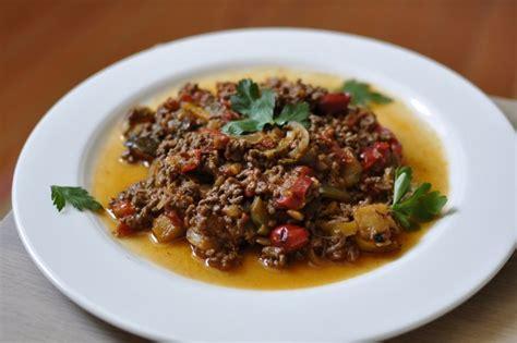 cuisiner la ratatouille recette paléo ratatouille à la viande hachée express