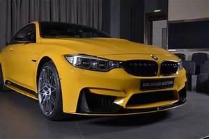 Bmw Performance Parts : speed yellow bmw m4 competition pack has carbon kit in abu ~ Jslefanu.com Haus und Dekorationen