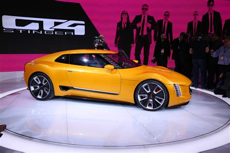 2015 Kia Gt4 Stinger by Report Kia Edges Closer To A Production Version Of